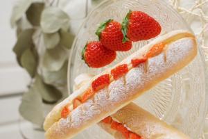 イチゴのミルクフランス