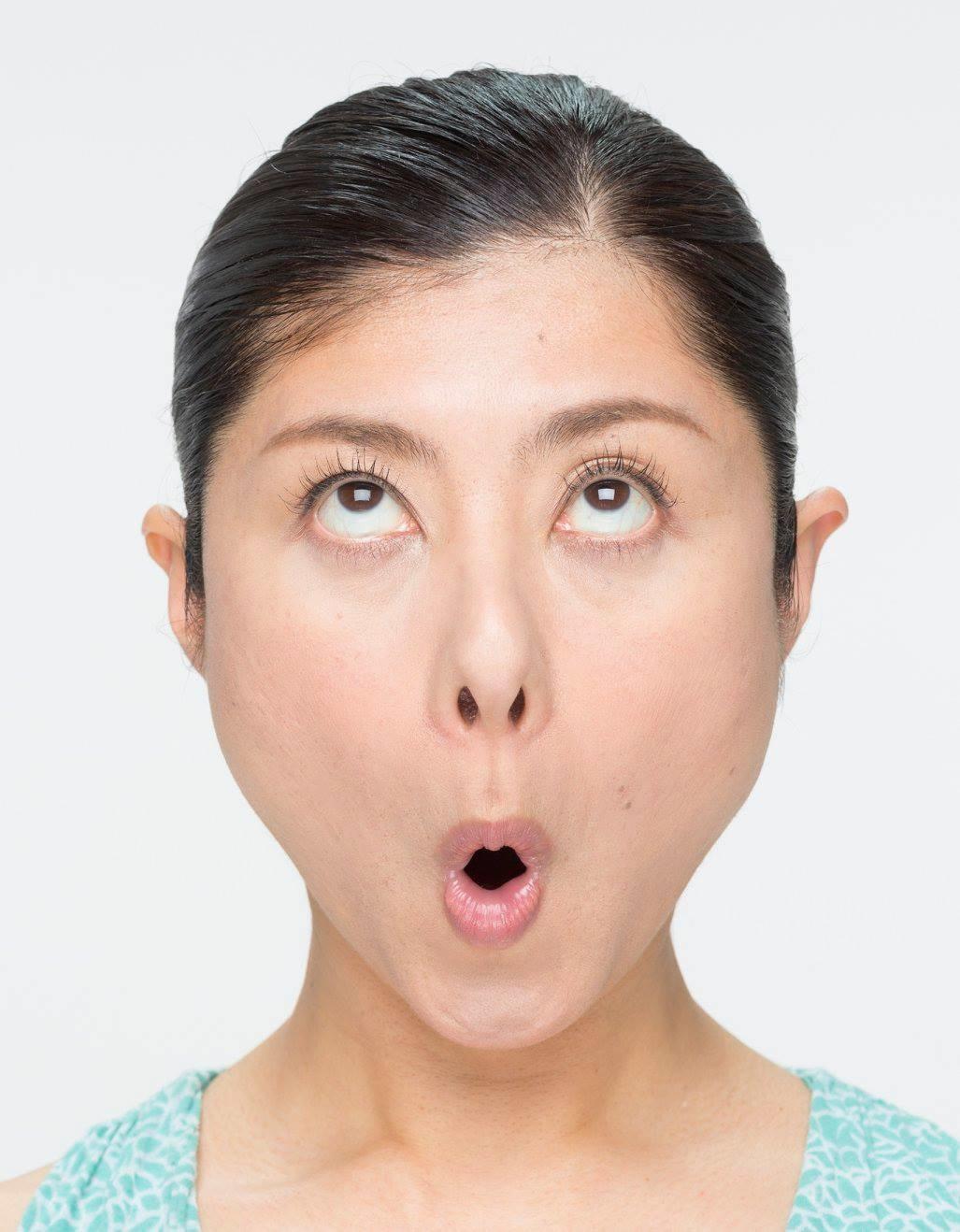 顔ヨガレッスンのイメージ